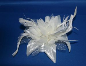 Ivory Flower Hair Fascinator | Masks and Tiaras